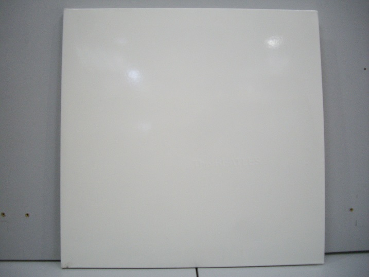 BEATLES THE	White Album  2LP	1968	Holland	nm-nm	Цена 3000 р.